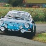 Habituée à la Berlinette depuis 1968 où il était le copilote du grand Ennio VITTORI ( 1440 cm3), il a remarqué qu'elle raptissait d'année en année…Ici en action au Rallye de Béthune 2004.